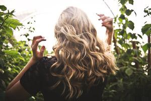 Mit Haarwaschseife zu schönen Haaren